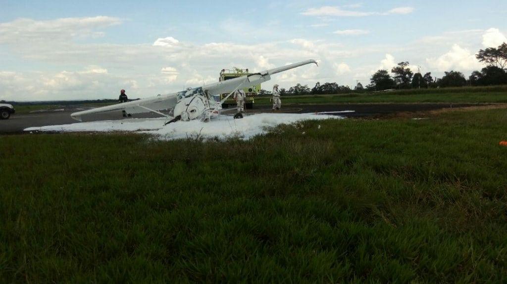 Una avioneta ambulancia se precipitó a tierra en el aeropuerto de Villavicencio