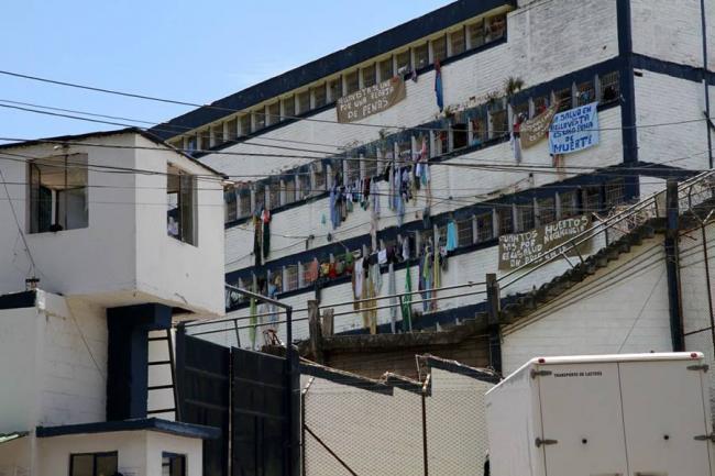 Fiscalía obligada a suspender órdenes de captura en Medellín por crisis carcelaria