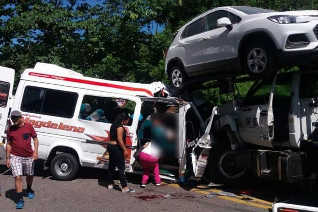 10 muertos en un accidente en una ruta del noreste — Colombia