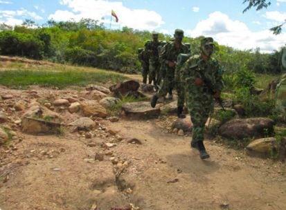 Presidente sancionó ley que reduce el costo de la libreta militar