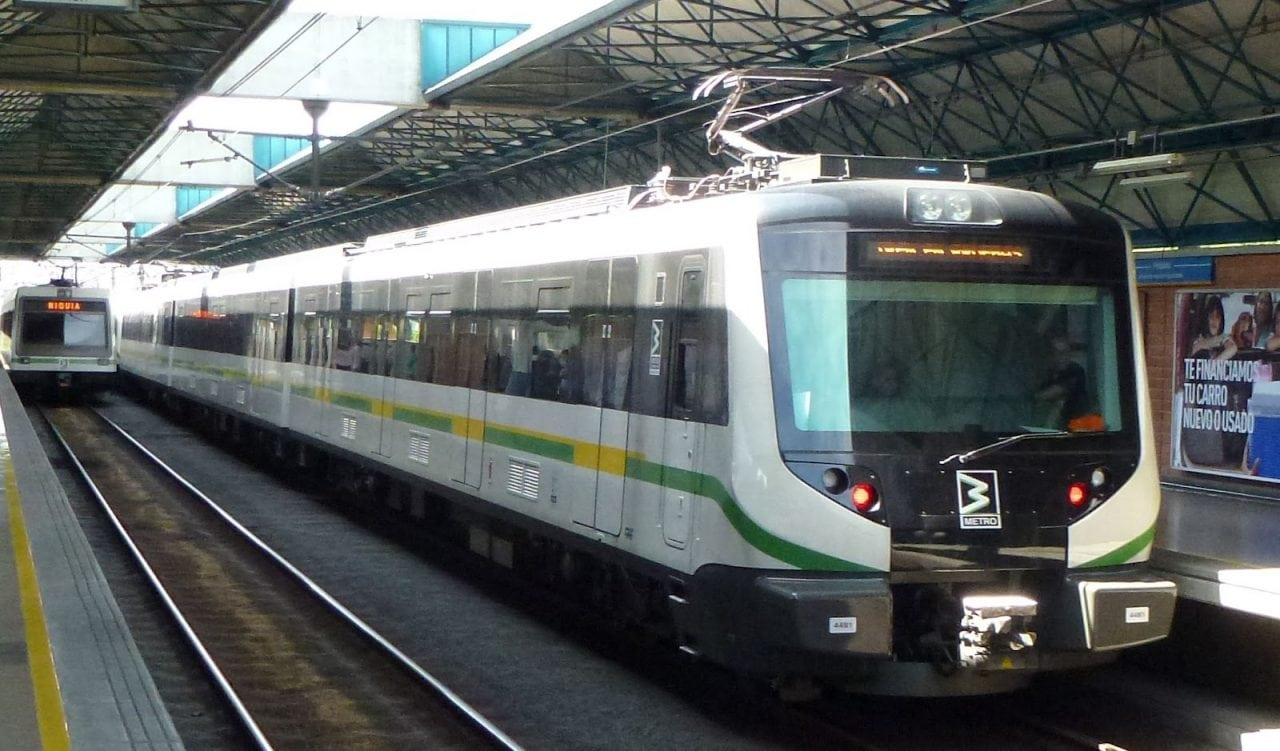Nuevo daño en el Metro deja sin servicio tres estaciones
